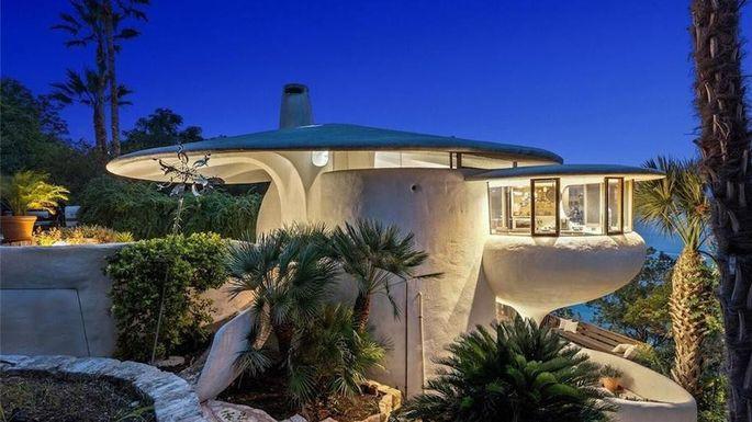Sand Dollar House